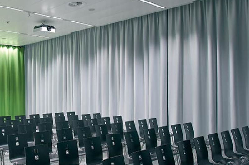 Sound Curtain Office